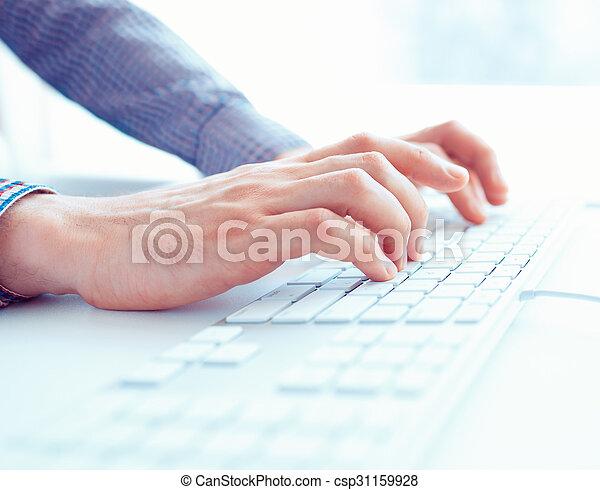 hombres, oficina, teclado, manos, trabajador, mecanografía, macho, o - csp31159928