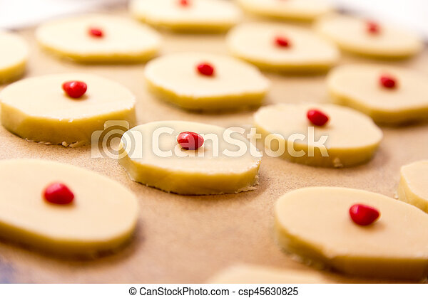 home made shortbread on stone pan - csp45630825