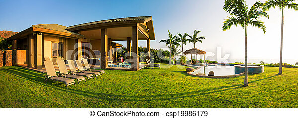 Home with large green lawn - csp19986179