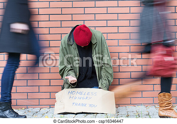 Homelessness in a big city - csp16346447