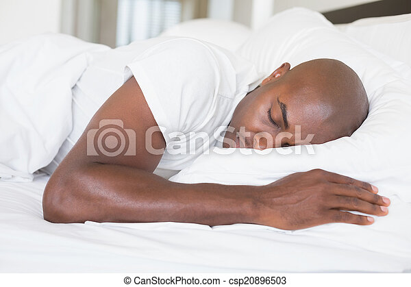 homem, cama, calmo, dormir - csp20896503