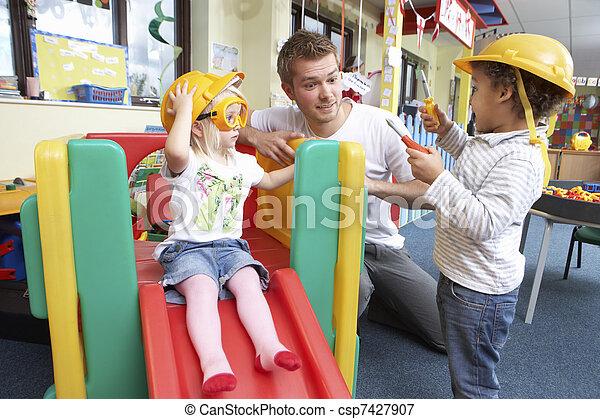 homem, jogando, crianças - csp7427907