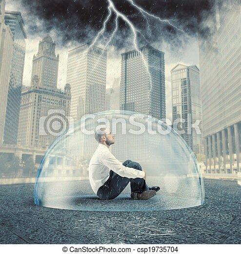 homem negócios, protegido, crise - csp19735704