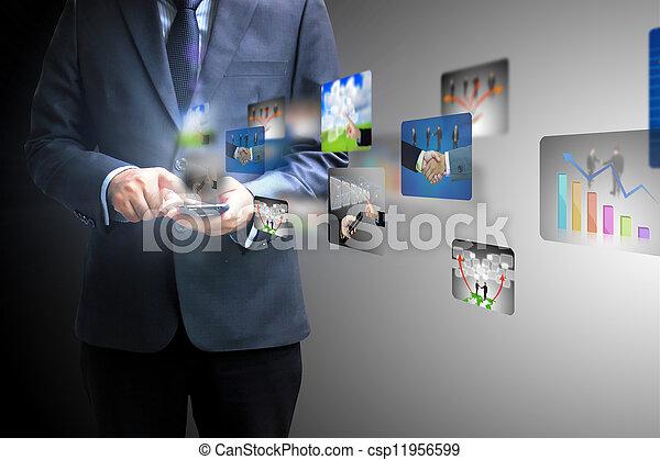 homem negócios, social, segurando, mídia - csp11956599