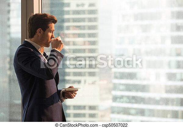 homme affaires, café, apprécier, bureau, matin - csp50507022