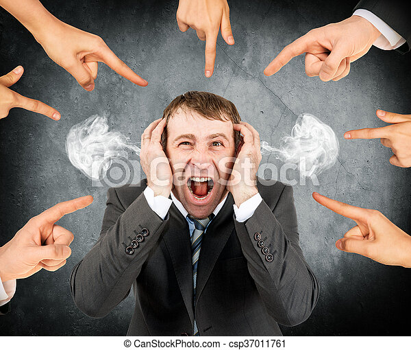 homme affaires, crier, doigts, pointage, accentué - csp37011761