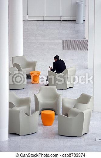 homme affaires, moderne, réception, bureau, secteur - csp8783374