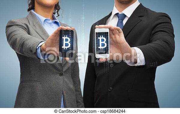 homme affaires, smartphones, femme affaires - csp18684244