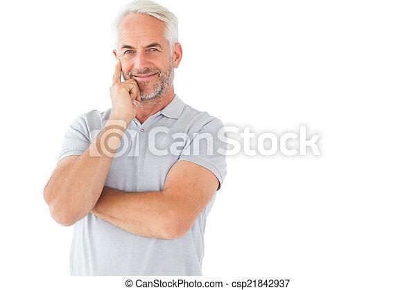 homme, poser, sourire, armes traversés - csp21842937