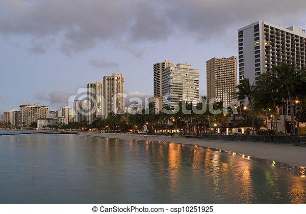 Honolulu Waikiki Sunrise - csp10251925