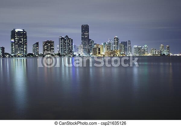 El horizonte de Miami - csp21635126
