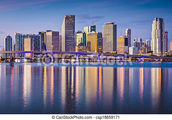 El horizonte de Miami - csp18659171