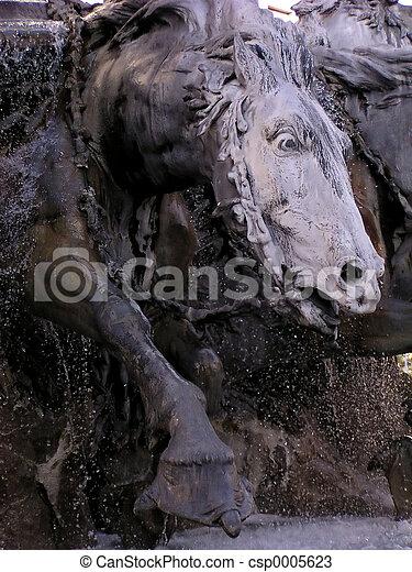 Horse Fountain - csp0005623