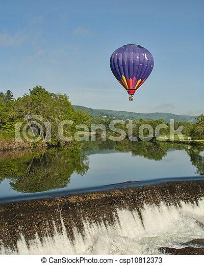 Hot Air Balloon RIde at Quechee Vermont - csp10812373