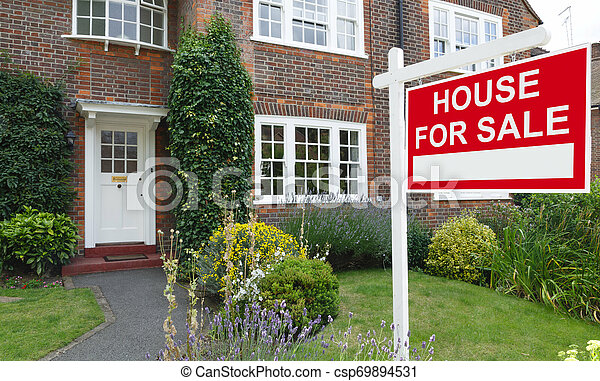 House for sale sign - csp69894531