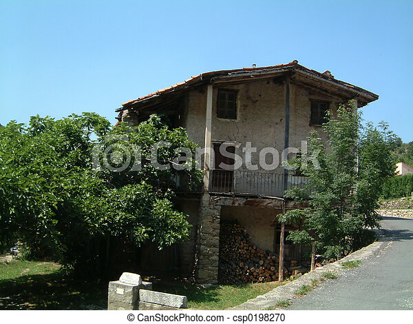 House in Pyrenees Mountain village - csp0198270