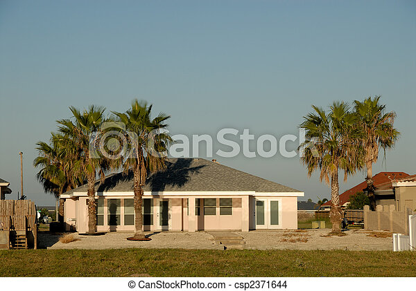 House in the southern United States - csp2371644
