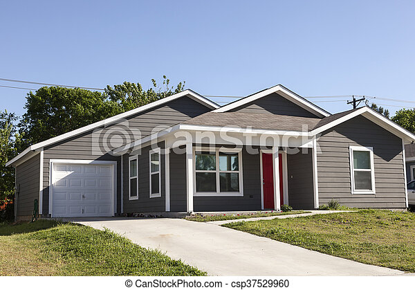House in the southern USA - csp37529960