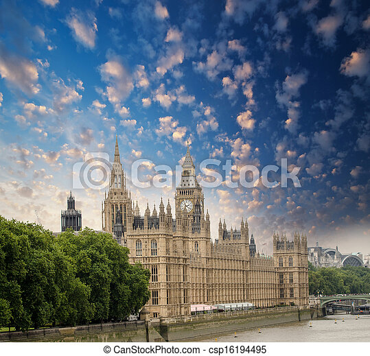 Houses of Parliament in London, UK. Beautiful view from Lambeth - csp16194495
