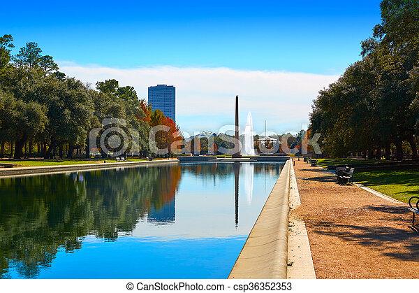 Houston Hermann park Pioneer memorial obelisk - csp36352353