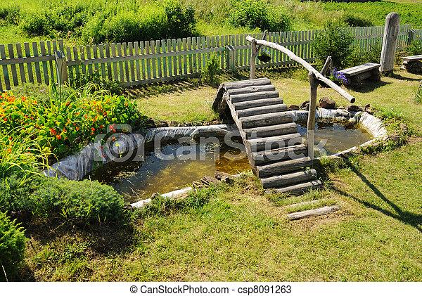 Houten brug kleine tuinvijver brug tuin zomer houten for Kleine tuinvijver