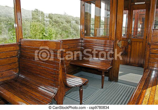 houten interieur trein oud csp9780834
