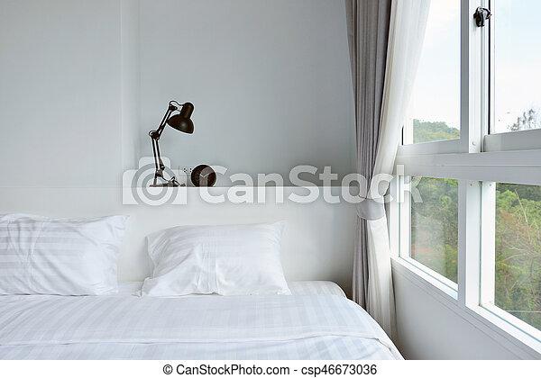 Houten moderne lamp nightstand interieurdesign witte
