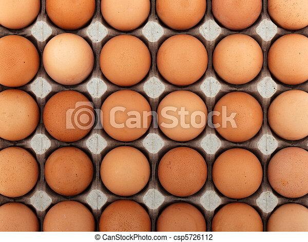 Huevo de pollo - csp5726112