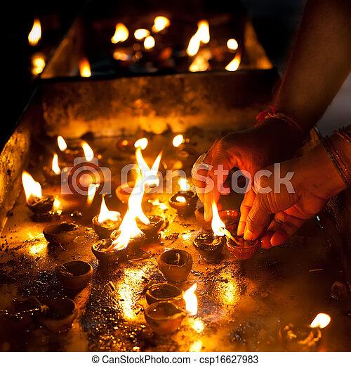 Huile Brule Gens Hindou Rituel Inde Lampes Temple Religieux
