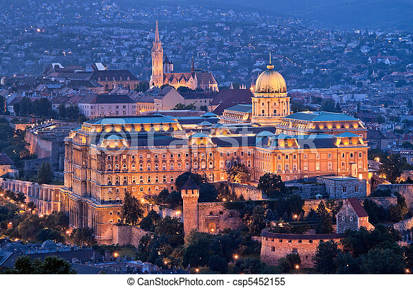 Hungary, Budapest, Castle Hill and Castle. City View - csp5452155