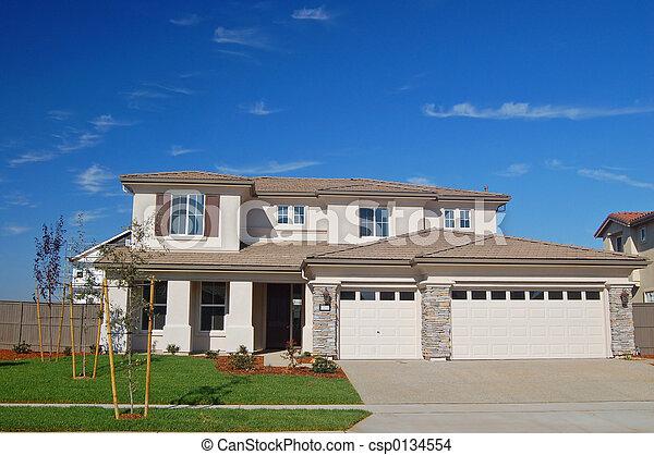 hus, förorts- - csp0134554