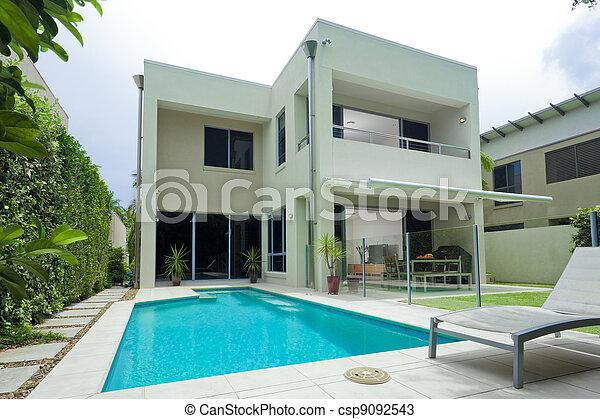 hus, luxuös - csp9092543