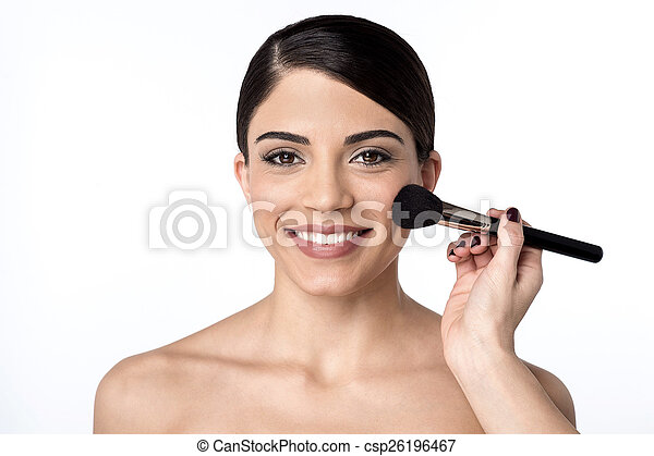 I am in a final touch up. - csp26196467