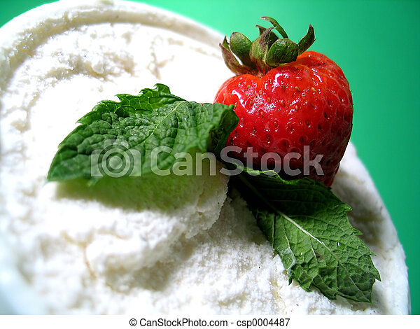 Ice Cream Dessert - csp0004487