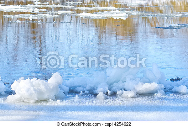 Ice floes on the bank of river in spring - csp14254622