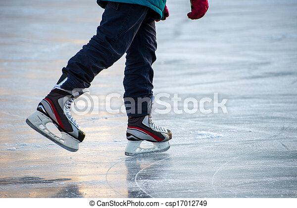 Ice skating - csp17012749