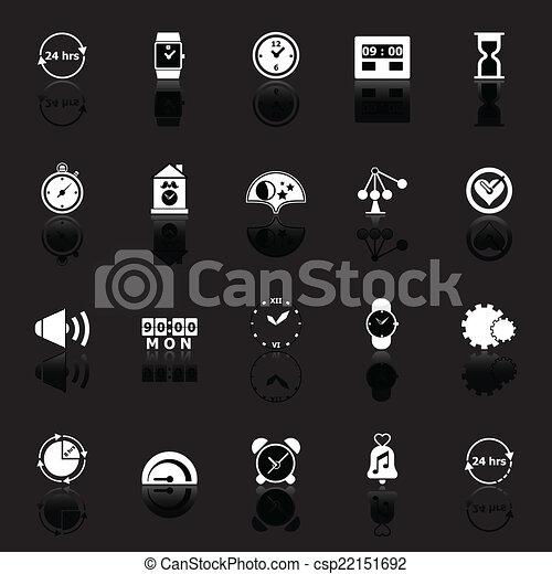 Los iconos relacionados con el tiempo reflejan el fondo negro - csp22151692