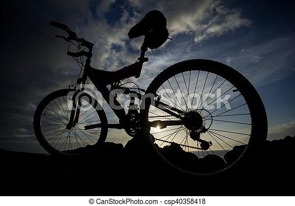 imagen, bicicleta, ocaso, montaña - csp40358418