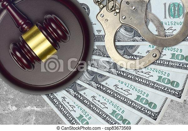 impôt, action éviter, procès, desk., marteau, tribunal, police, juge, judiciaire, nous, menottes, ou, factures, concept, dollars, 100, bribery. - csp83673569