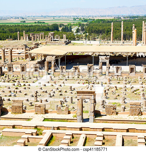 In Iran Persepolis The Old Ruins Historical Destination Monuments And Ruin