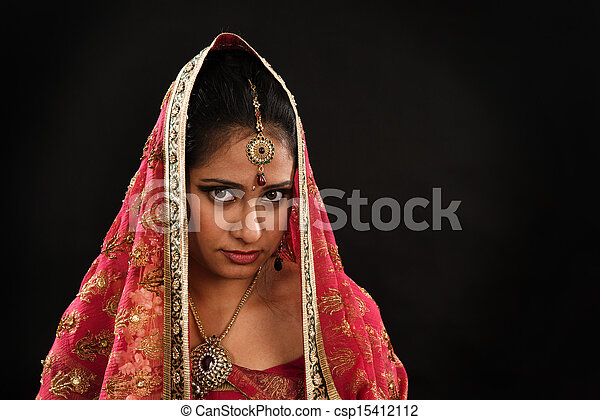 Indian woman in traditional sari  - csp15412112