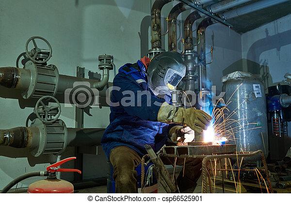 industriale, lavoro, lavoratore, saldatore arco, saldatura - csp66525901