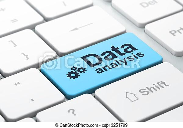 Concepto de información: teclado de computadora con icono de Gears y palabra Análisis de Datos, seleccionado enfoque en botón de entrada, versión 3D - csp13251799