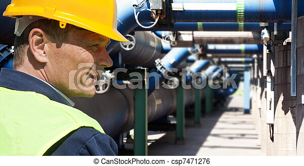 ingénieur entretien - csp7471276