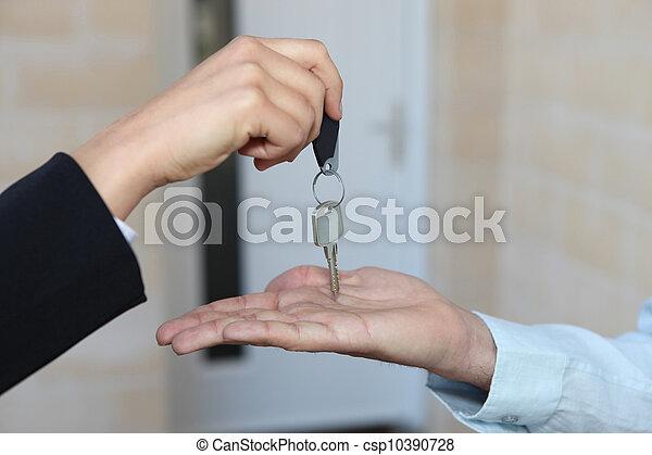 ingatlanügynök, épület, kezelő, kulcsok, felett - csp10390728