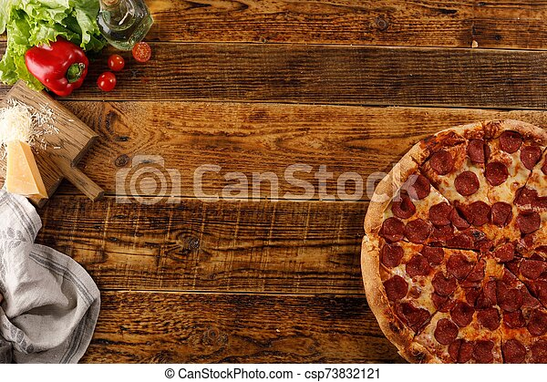 ingredients., vue., bois, pizza, vie, table., encore, space., sommet, copie, pepperoni - csp73832121