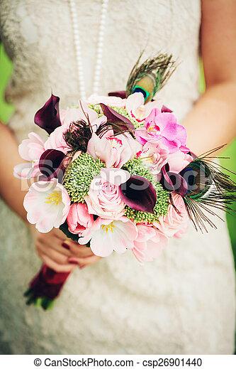 Inhabituel Bouquet Mains Mariee Mariage Fleurs