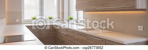 Küche mit Holzschränken - csp26773652