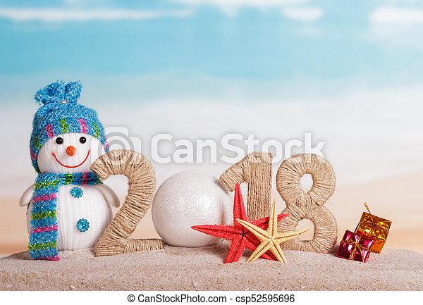 inscription, plage., etoile mer, 0, -, nombre, nouveau, bonhomme de neige, sable, dons, année, instead, boule blanche, 2018 - csp52595696