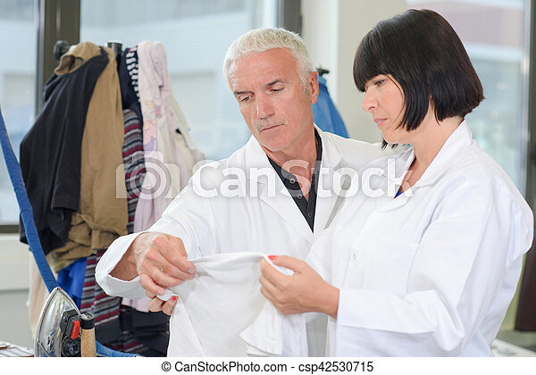 inspecteur, lessive, tissu, inspection - csp42530715
